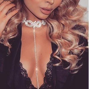 GOLD CRYSTAL RHINESTONE PENDANT CHOKER NECKLACE